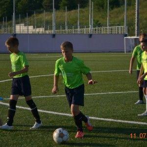 Тренировки в футбольном лагерь в крыму фото