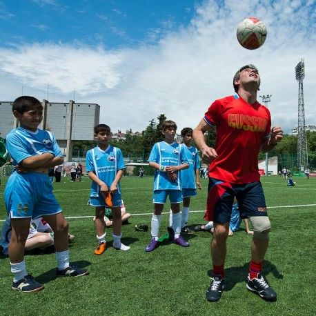 Футбольный лагерь фк барселона тренировки фото