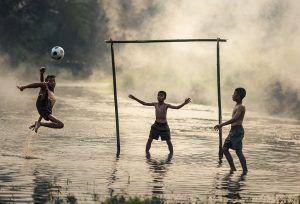 привить любовь к футболу