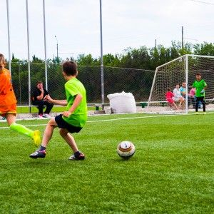 фото 15 матча 2015 года в Алуште в лагере по футболу