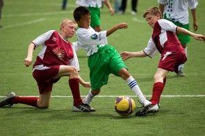 Летний футбольный лагерь барселона в Алуште фото с тренировок