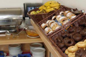 Traveloge breakfast