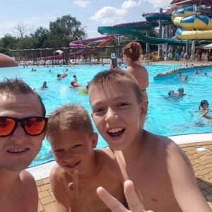 фото дети в аквапарке селфи