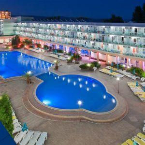 фото отеля Котва сверху. бассейн
