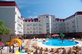 отель с бассейном украина палас
