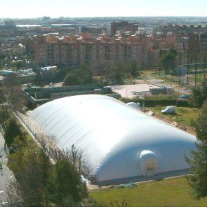 Барселона лагерь. Бассейн крытый