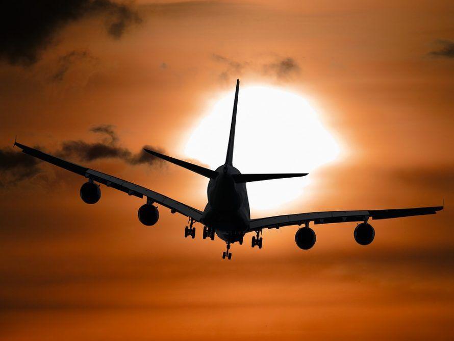 самолет_набирает_высоту